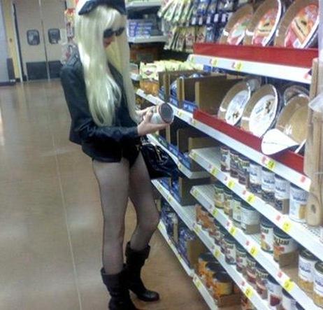 Lady Gaga Vai as compras