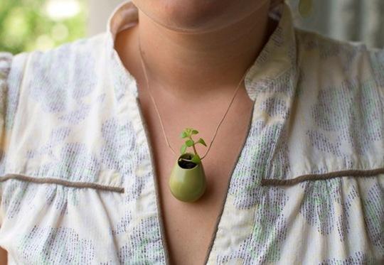 necklas planter