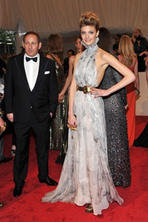 Met gala Constance Jablonski mcqueen