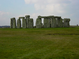 Stonehenge_Wide_Angle.XndFrsA9TqeD.jpg