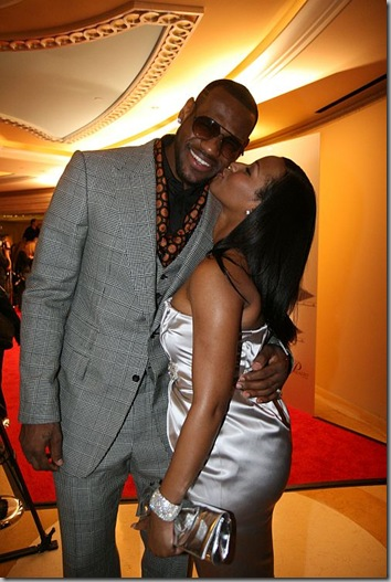 lebron-and-girlfriend