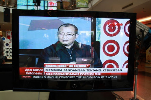 No Excuse by Isa Alamsyah on TV One 5