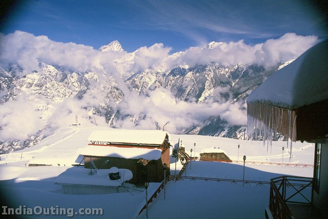 Auli India  City pictures : Auli – Skiing Capital of India | Pictures & Information | India ...