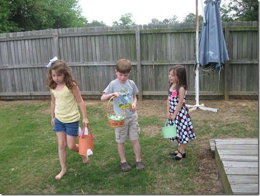 yard and easter 2011 024