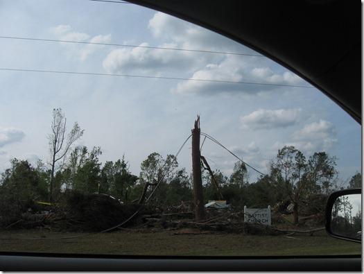 tornado april 2011 037
