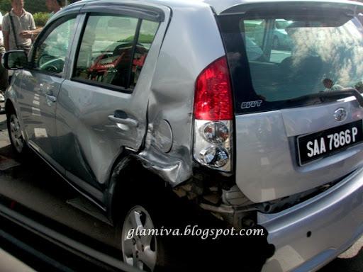 accident at jalan lintas kota kinabalu sabah on january 2011