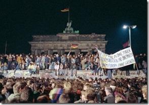 Queda-do-Muro-de-Berlim-1989