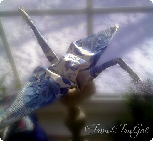 blue rose hankie crane 2