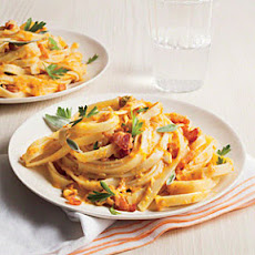 Fettuccine with Pumpkin Sauce