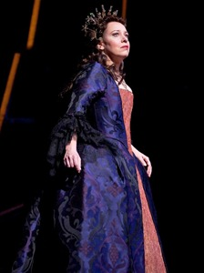 Nina Stemme as Ariadne in ARIADNE AUF NAXOS [Photo by Marty Sohl]
