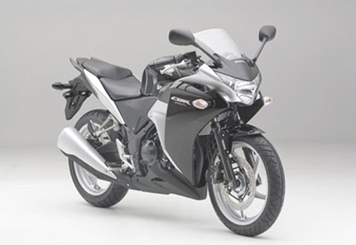 Black-Honda-CBR250R