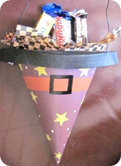 halloween witch hat w candy