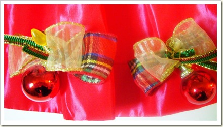 Aprons_vintage xmas belle closeup (Medium)