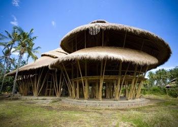 arquitectura-sostenible-escuela-de-bambu