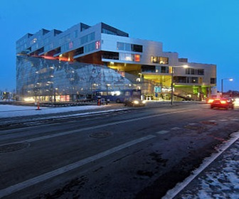 Bjarke_ingels_group_BIG_JDS_PLOT_mountain_dwellings_copenhagen_arquitectura-moderna-viviendas