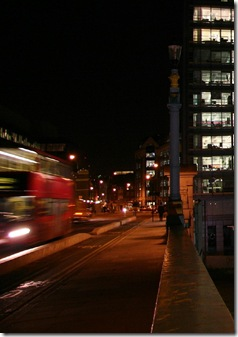 night-bus-street