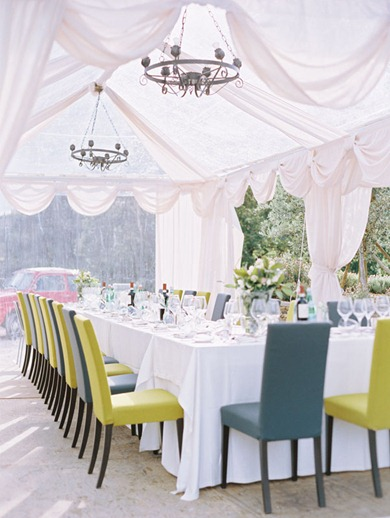 SnippetInkDailyWeddingInspiration tent-with-chandeliers-8
