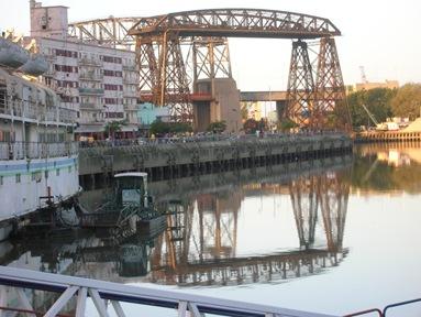 puente-nicolas-avellaneda-y-viejo-puente-de-hierro-la-boca-buenos-aires-argentina