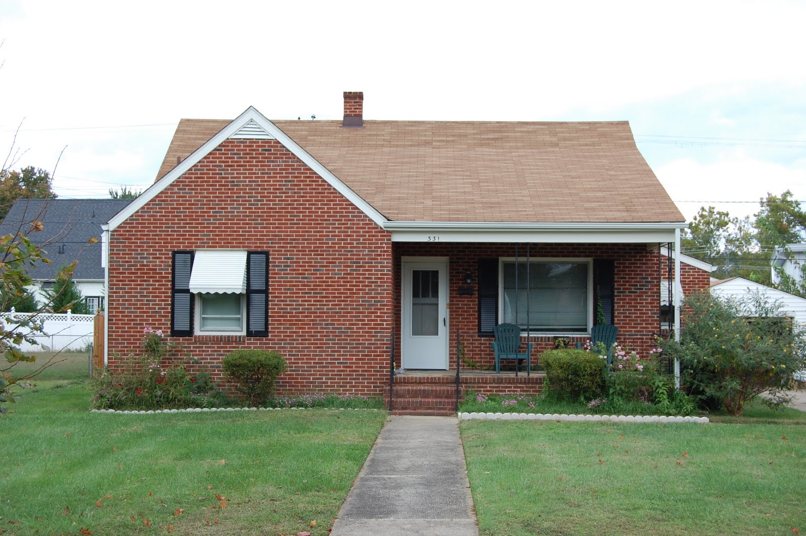 This Building Is A One Story, Four Bay House. The Exterior Brick Walls Sit  Atop A Cinder Block Foundation. The Roof Is Side Gabled With A Cross Gable  In The ...