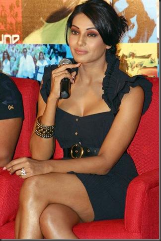 Bipasha basu sexy bollywood actress pictures 3006102