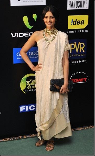 2009 International Indian Film Academy Awards a03p0Qm5QVNl