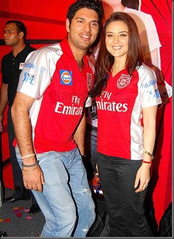 Preity Zinta Kissing Yuvraj Singh in Public3
