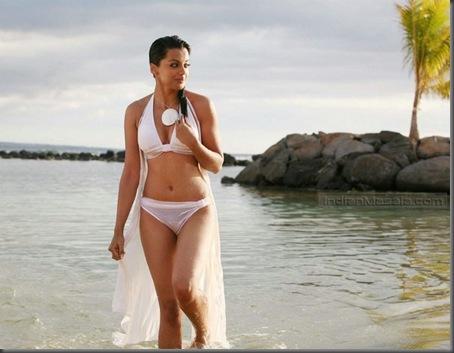 Mugdha Godse sizzles in a white bikini  help movie1