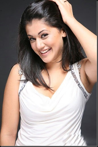 Tapsee-Unseen-Hot-Photos-15