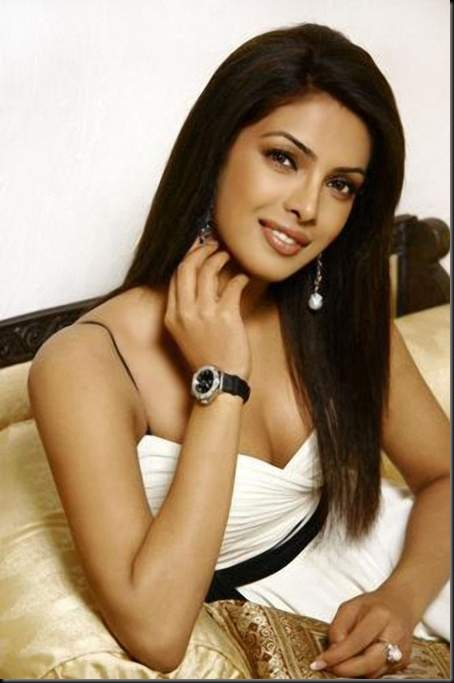 Priyanka-Chopra-7