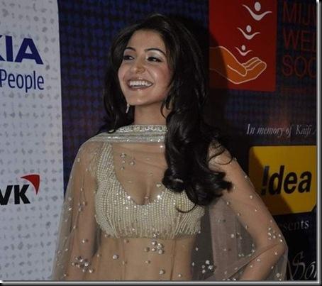 Anushka-Sharma-Mijwan-Show-16[2]