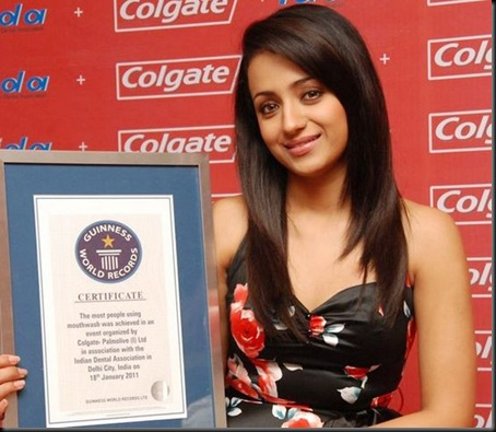 Trisha-at-IDA-Guinness-World-Record-Stills-1