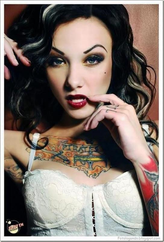 Compilação de meninas com tatuagens (10)