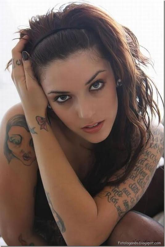 Compilação de meninas com tatuagens (8)