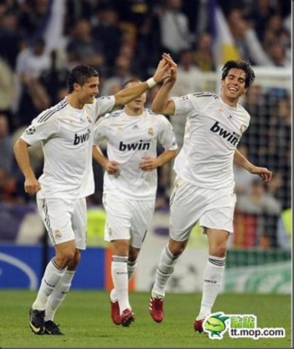 A bela amizade de Cristiano Ronaldo e Kaká (26)