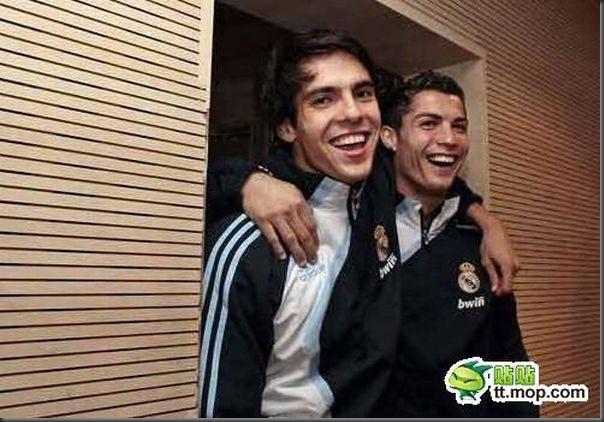 A bela amizade de Cristiano Ronaldo e Kaká (21)
