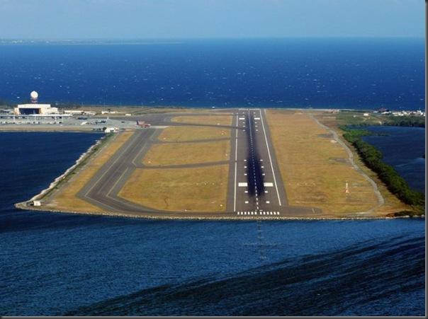 Vista aérea de pistas de aeroportos (1)