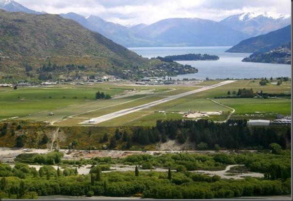 Vista aérea de pistas de aeroportos (3)