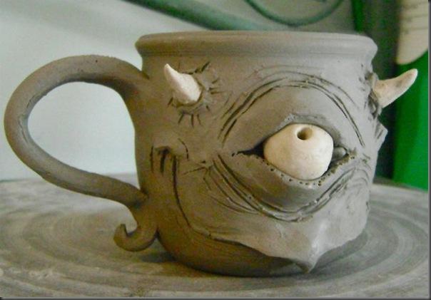 Canecas que fariam sucesso no chá do chapeleiro louco por Ron Free (13)