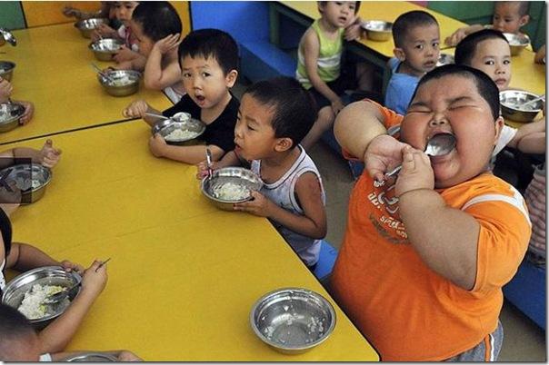 Mais uma criança chinesa obesa (1)