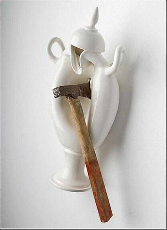 Esculturas de porcelana bem diferentes e criativas (1)