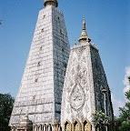 タイ旅行記|東北タイ イサーン :ウボン-ノーンブア寺院
