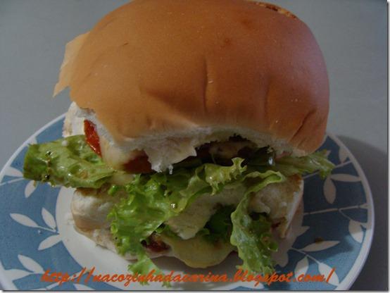 hamburguer-de-frango---lanche