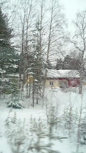 Par la fenêtre du train