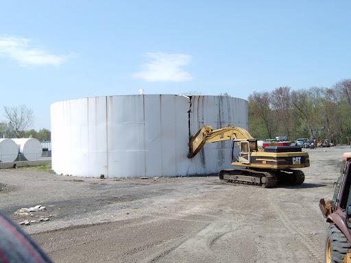 Storage Tank Demolition : Universal wrecking corp demolition news picture