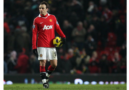Dimitar Berbatov with the match ball, Manchester United - Brimingham
