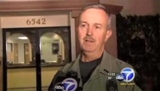 Ex-chefe de polícia é suspeito de pôr fotos de sua genitália em para-brisas