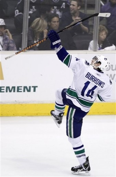 canucks_kings_game6_4.jpg