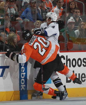 lightning_oct14_flyers6.jpg