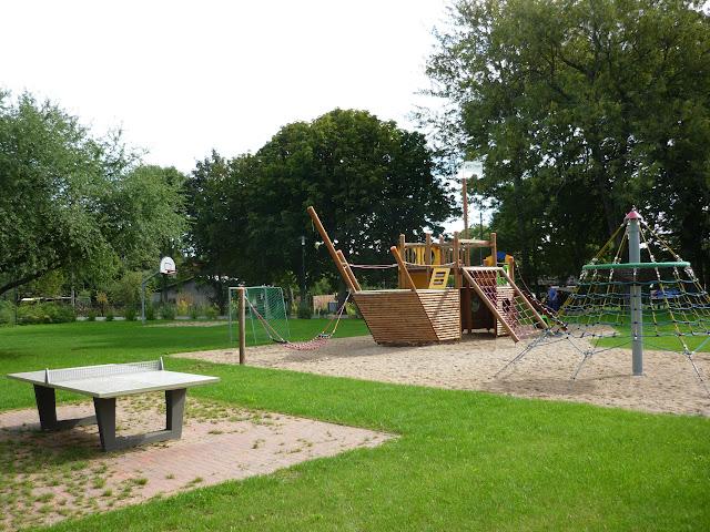 Hohen Niendorf: Kinderspielplatz