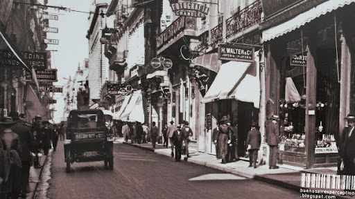 Old Photography of Calle Florida taken around 1920 in Buenos Aires, Argentina